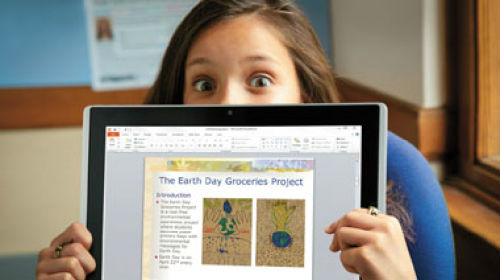A young girl uses Microsoft Office 365 Drumbeat